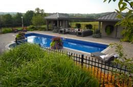 Backyard Pool – Oasis 3