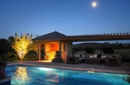 Backyard Pool – Oasis 2